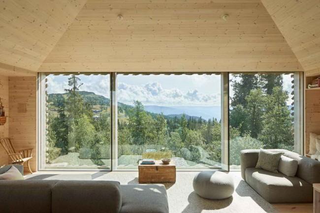 интерьер с видом из окна