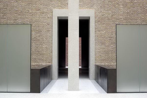 Музей в Берлине, архитектор Дэвид Чипперфильд, фото © Ute Zscharnt