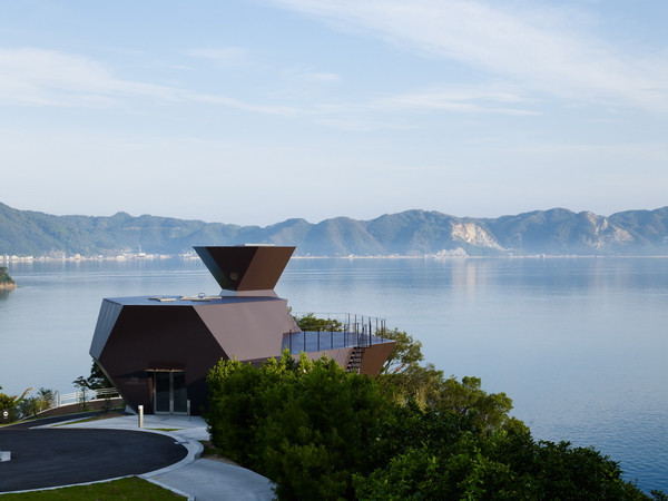 Музей искусств в Имабари-ши, 2006-2011, архитектурное проектирование Тойо Ито