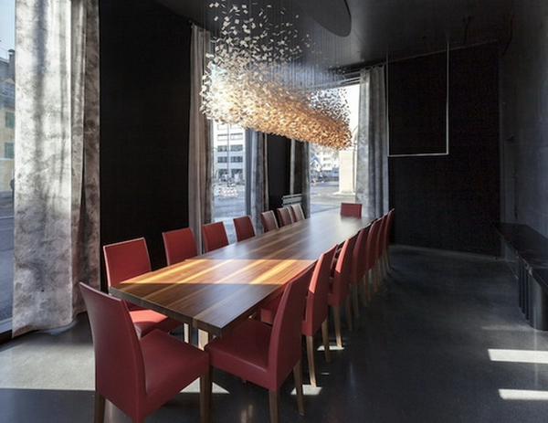 обеденный зал в ресторане Kunsthaus
