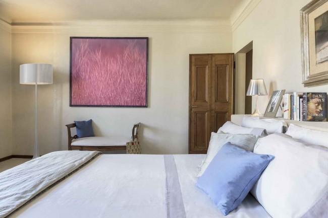 спальня с картинкой