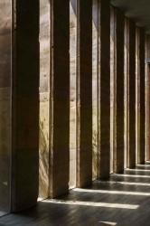 естественный свет в коридоре