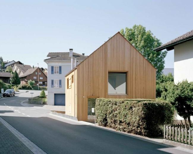 маленький дом в контексте