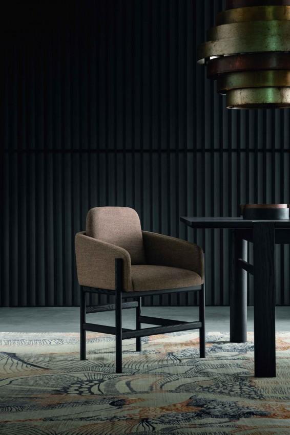 кресло, дизайн Франческа Рифе