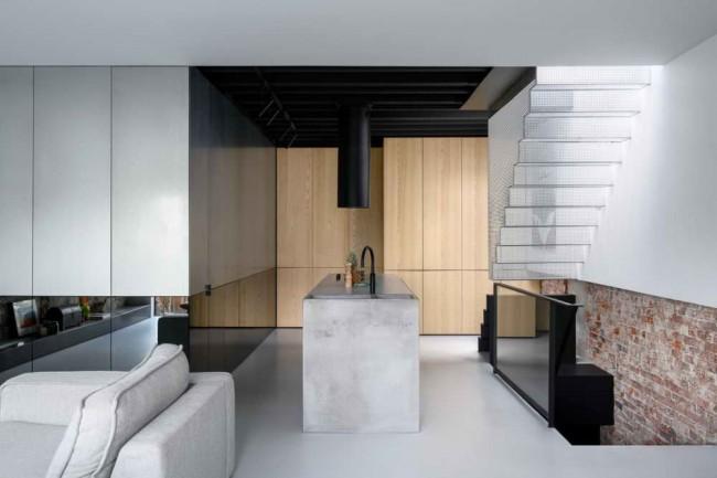 кухня-гостиная с цинковым ящиком