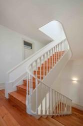 внутренняя лестница особняка