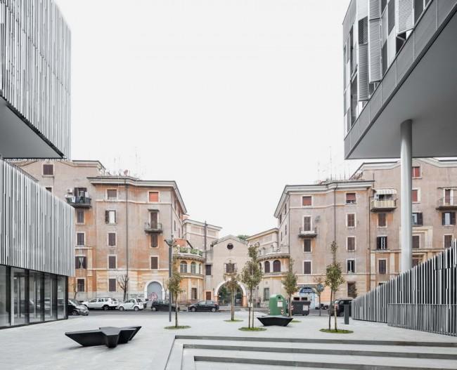 центральная площадь в Городе солнца, Рим