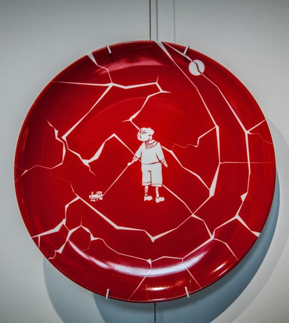 тарелка с росписью, выставка «HARD XX»