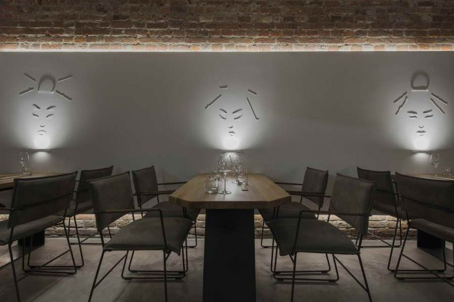 столик с подсветкой. самураи