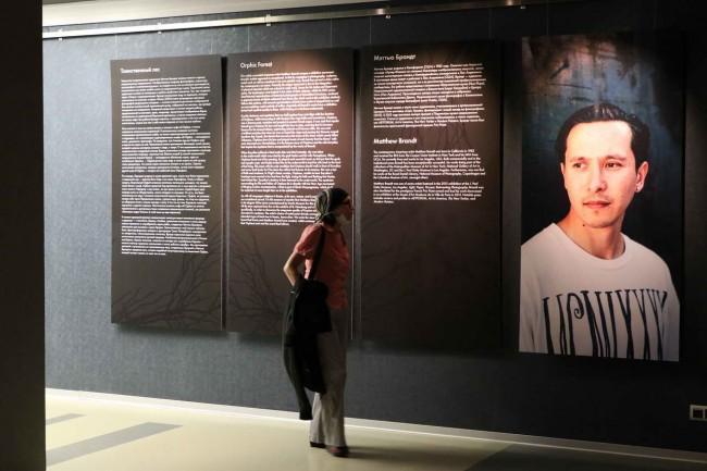 выставка Мэттью Брандта в Эрарте