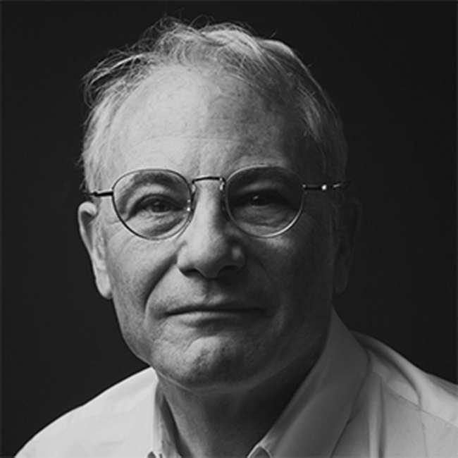 Аарон Бетски, архитектурный критик и куратор