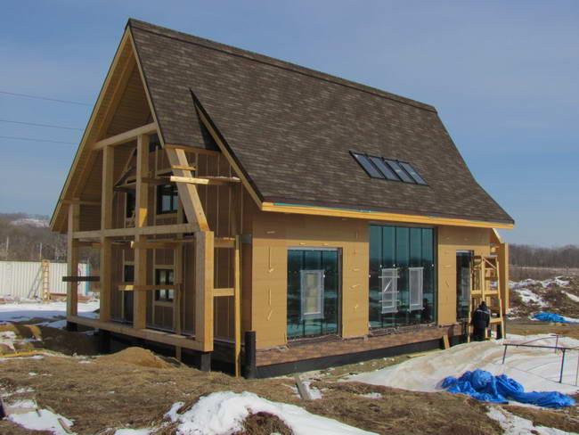 индивидуальныq жилой дом из соломенных панелей Solar-SB, архитекторы Павел Казанцев и Анна Ляшко