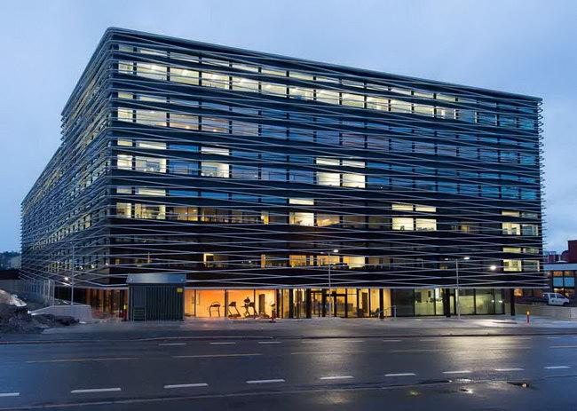 здание бизнес-центра в Осло, архитектурное проектирование Henning Larsen Architects