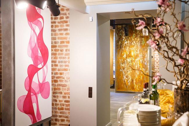 интерьер салона декоративных покрытий Topcoat Butique