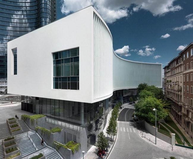южный фасад здания Белая волна в Милане, архитектурное проектирование - студия Piuarch