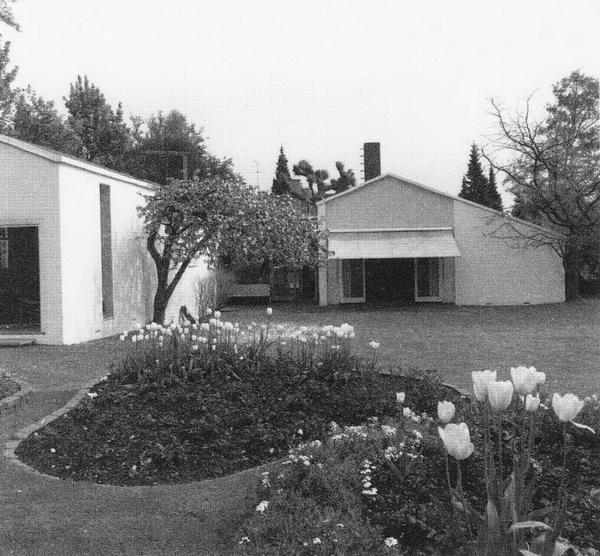 Собственный дом Финна Юля, архивная фотография