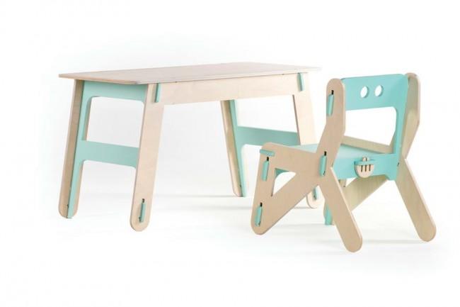 CLIC. Стол и стул детские, фанера. Дизайн: Playply.
