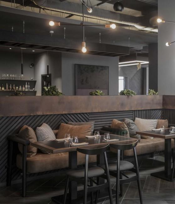 авторская мебель и светильники в ресторане Simple