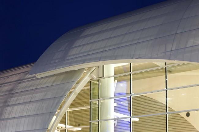 элементы фасада терминала Б в Сан Хосе