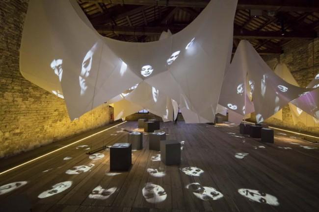 интерьер павильона Турции на биеннале 2018