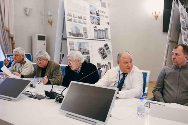 главный архитектор СПб Владимир Григорьев на заседании жюри конкурса