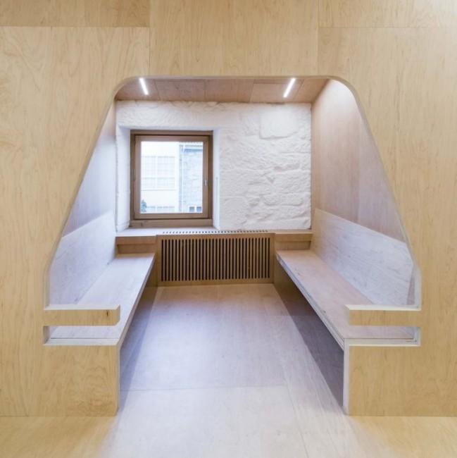 кабина для чтения со скамьями