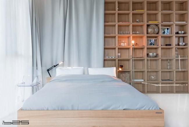 авторская кровать и шкаф из дуба
