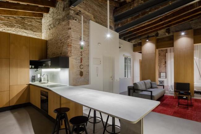 интерьер кухни с видом на холл-гостиную