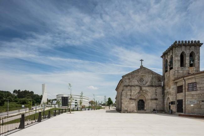 вид со стороны Романской церкви