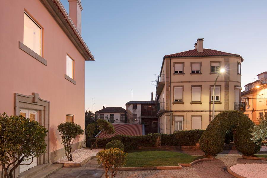 Дом по проекту Филипе Пина в контексте