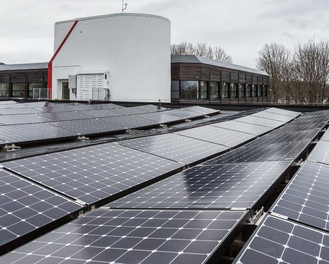 солнечные батареи на крыше
