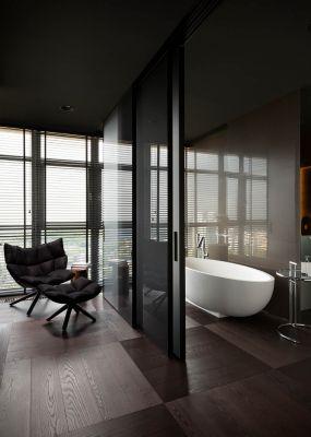 интерьер с ванной, квартира для космополита