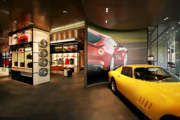 интерьер магазина Ferrari